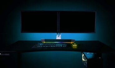 Aftershock PC Unveils A Motorised Desk
