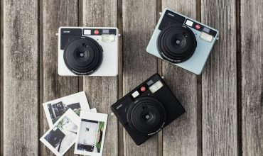 "Leica goes #throwback with two new retro options: the ""analogue"" M10-D and the Sofort in black"