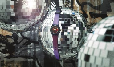 Dress things up this festive season with the Swatch Deep Wonder
