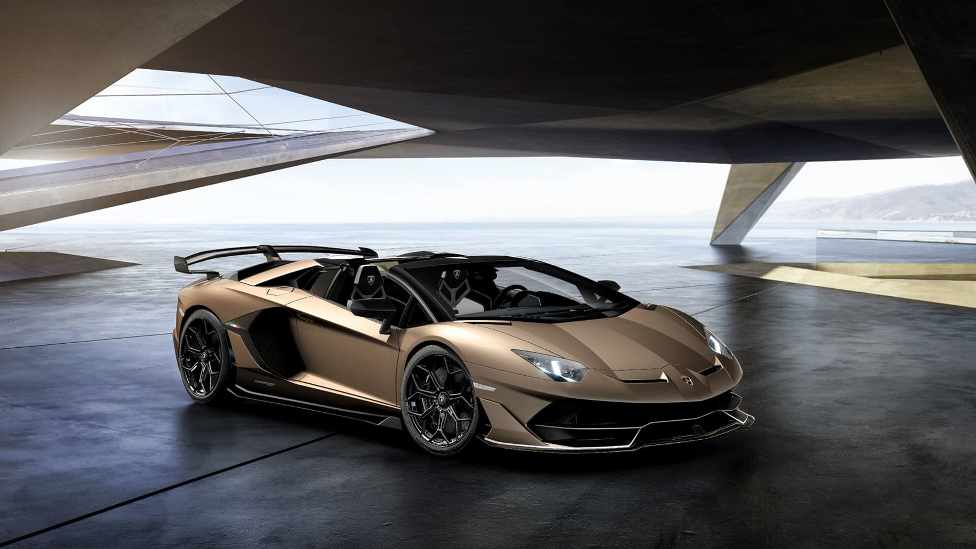 The Lamborghini Aventador Svj Roadster Brings Naturally Aspirated