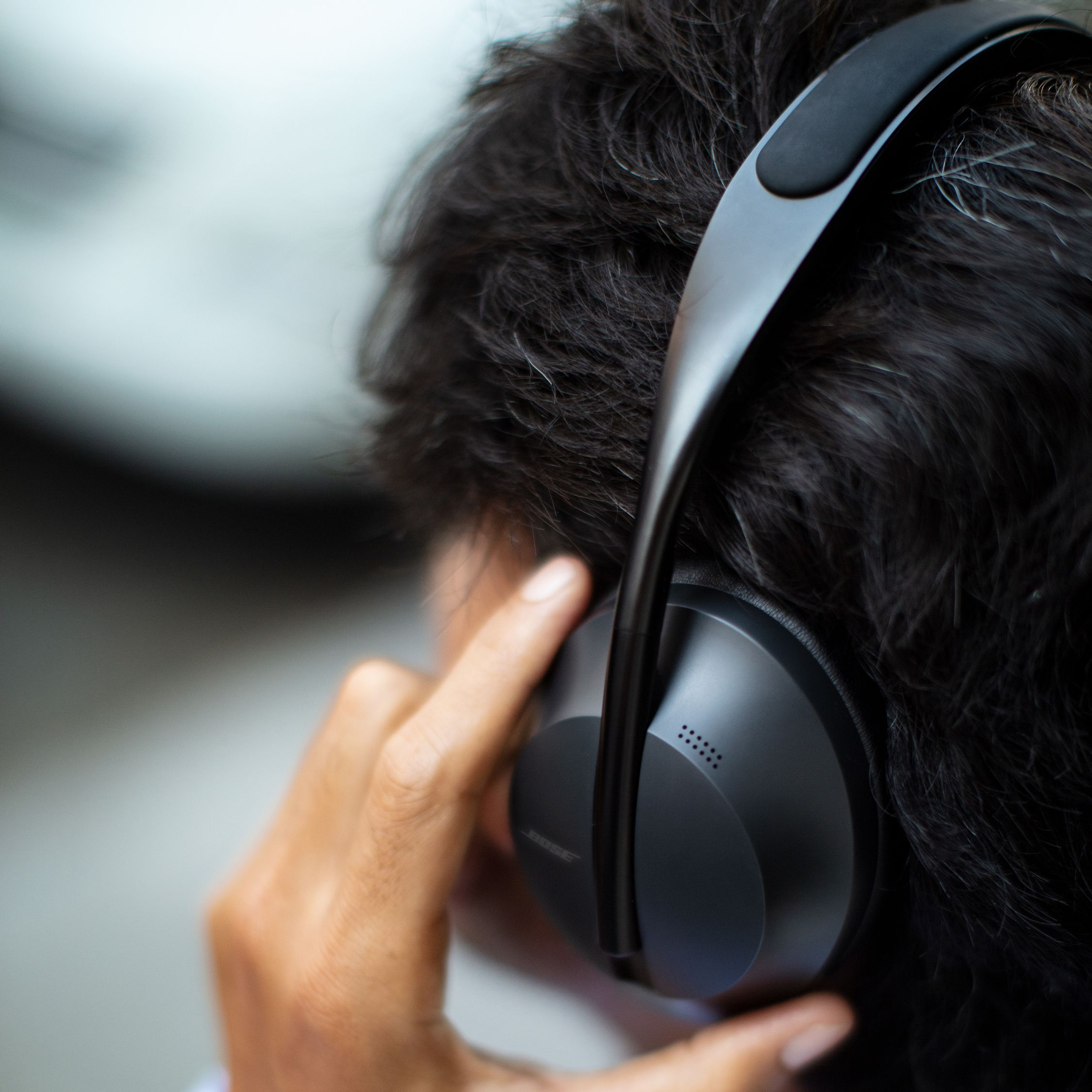 The Noise Cancelling Headphones 700's noise cancellation is micro-adjustable