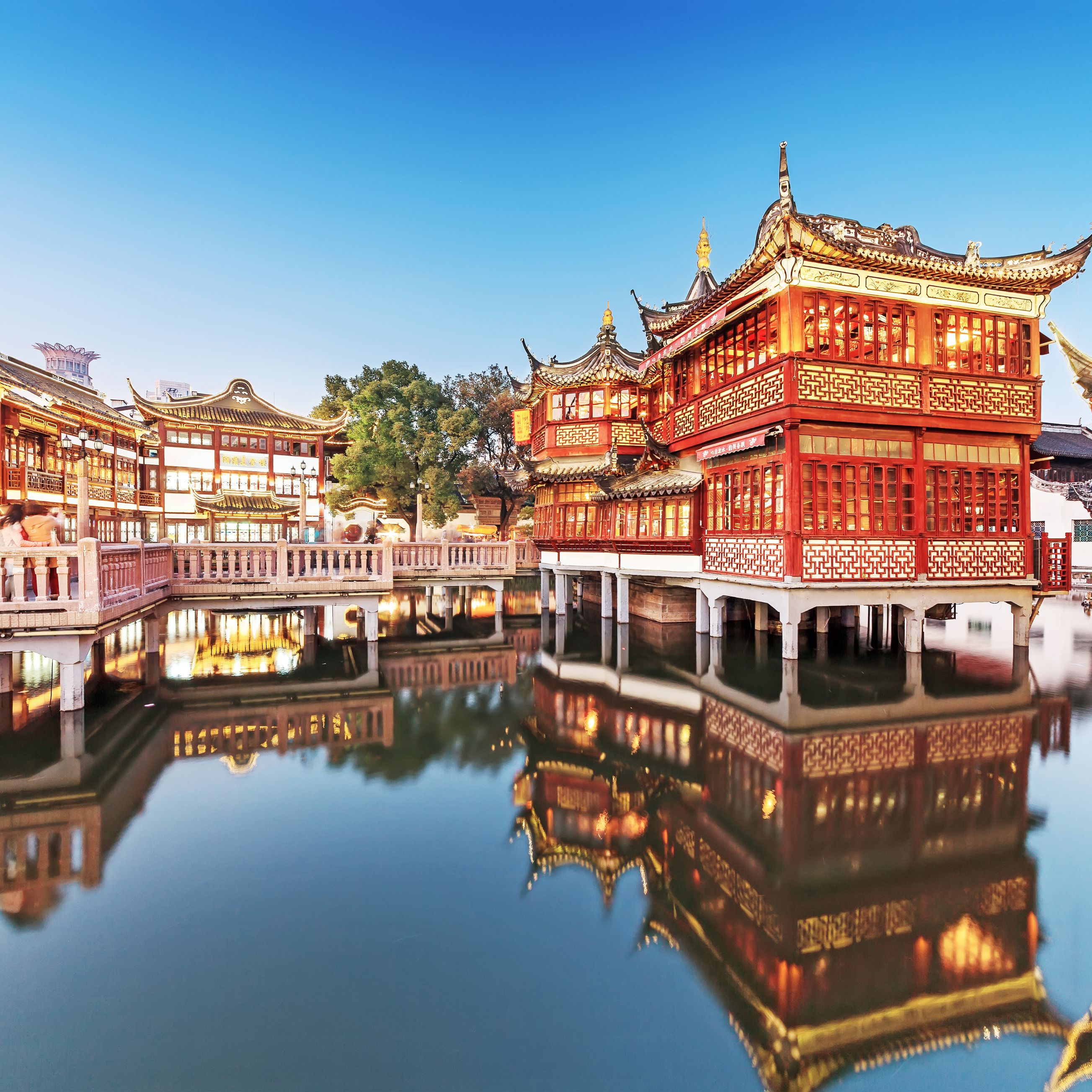 Yu Garden, one of the best attractions in Shanghai