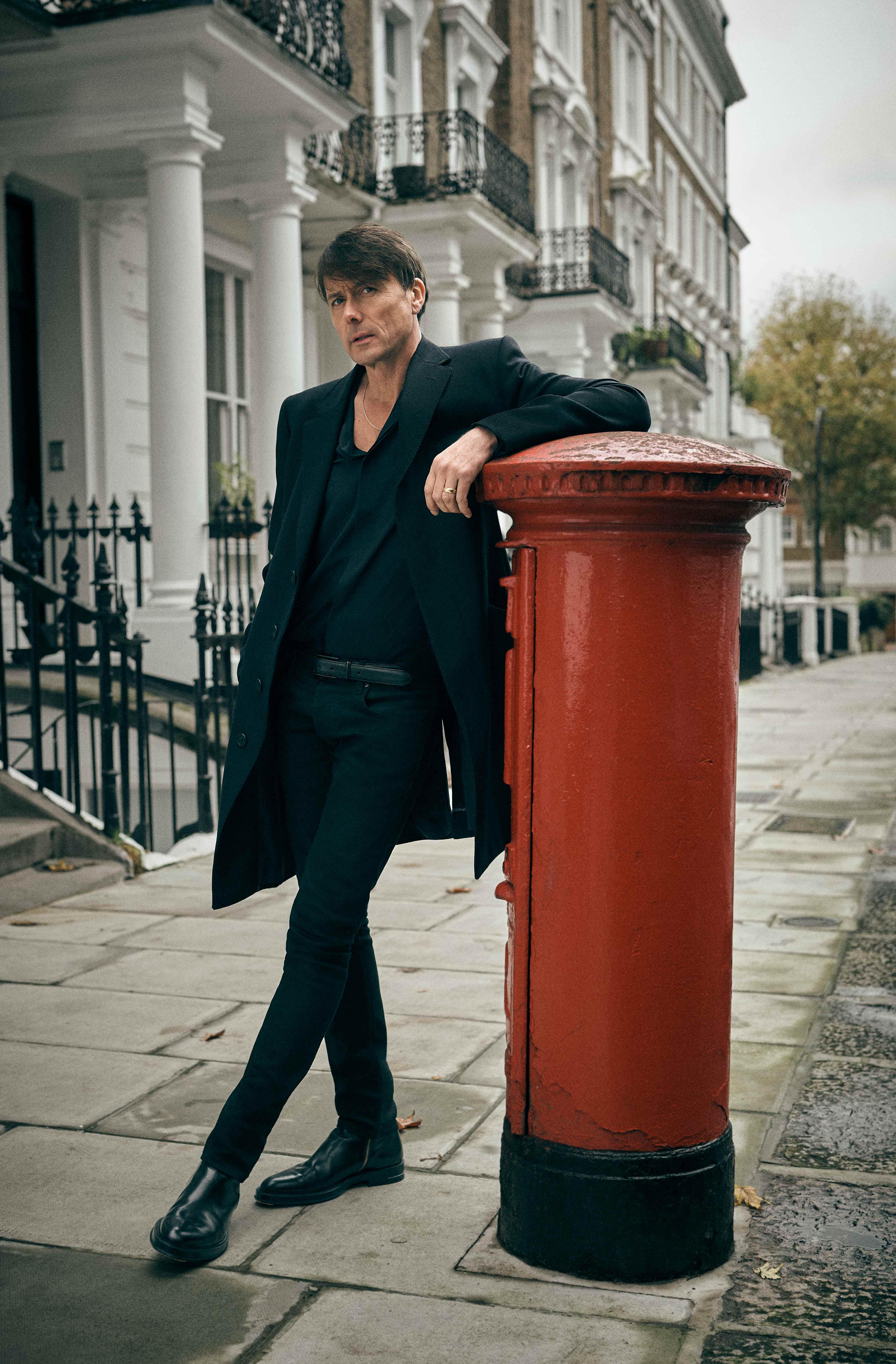 Brett Anderson, lead singer of Britpop band Suede