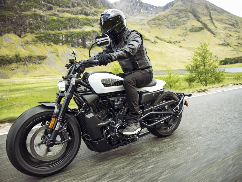 Harley Sportster S