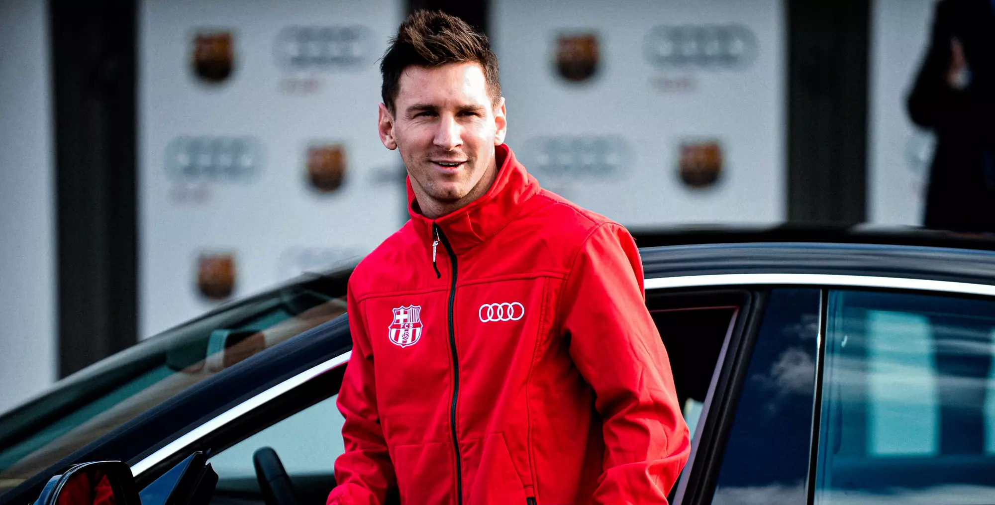 5 Ultra-Luxury Cars Lionel Messi Drove When He Was With FC Barcelona
