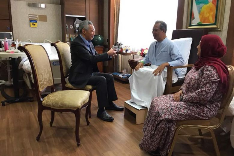 Lee Hsien Loong visiting Muhyiddin