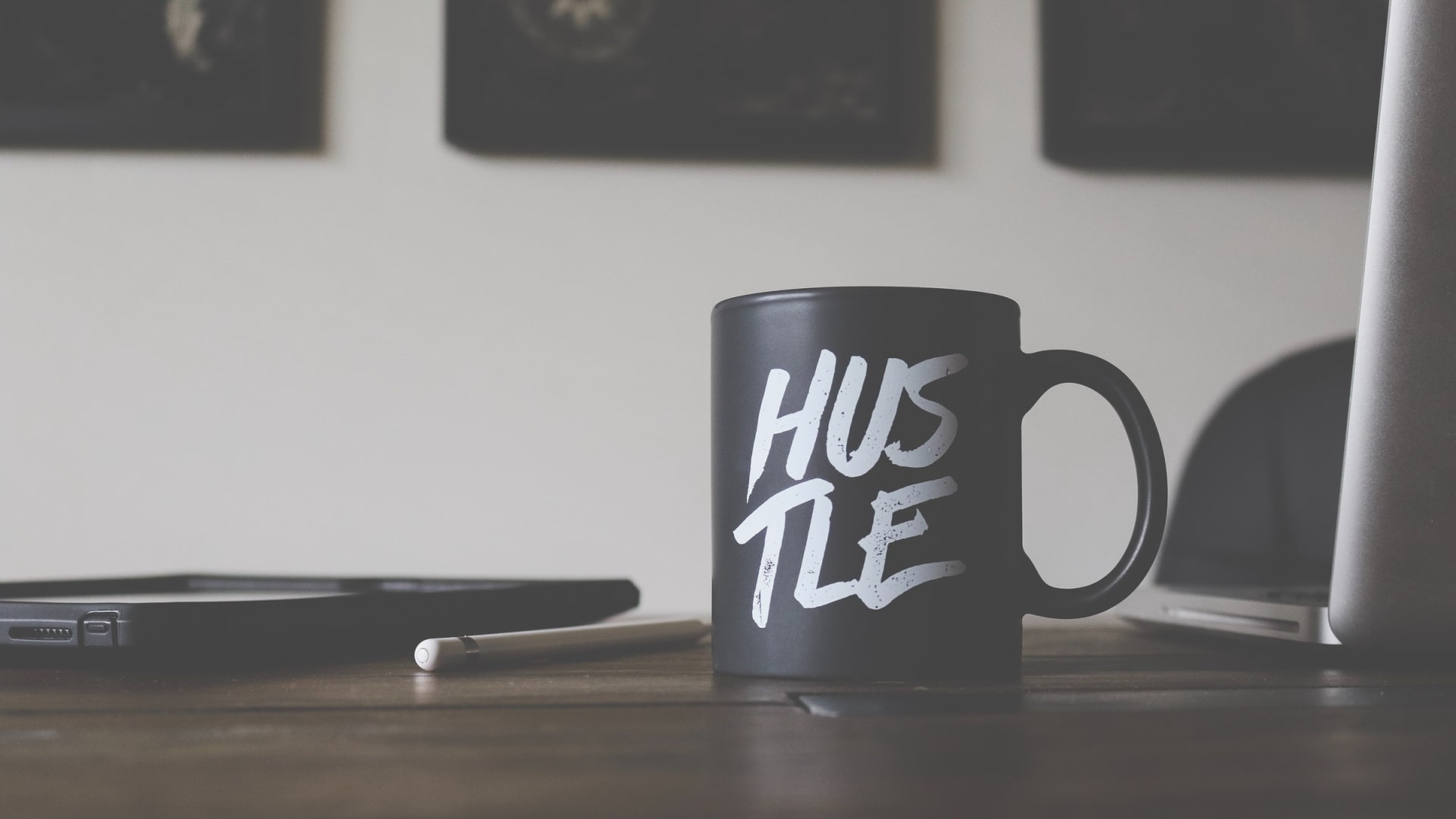 10 Side Hustles You Can Do While You Keep Your Day Job